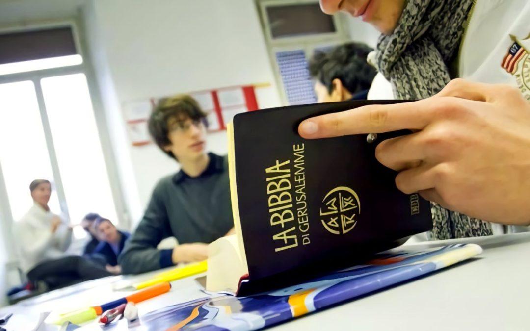 Firmata l'intesa sul nuovo concorso tra Cei e Ministero dell'Istruzione